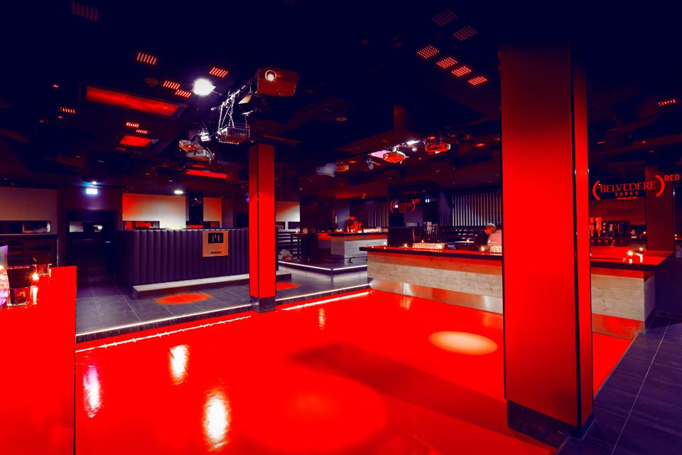 P1 München – Belvedere Red Umbau